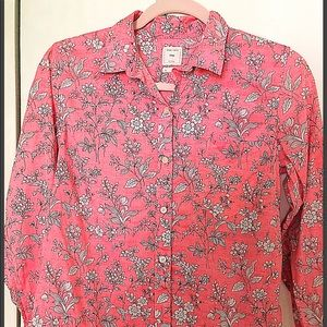 GAP Pink Floral button down shirt S